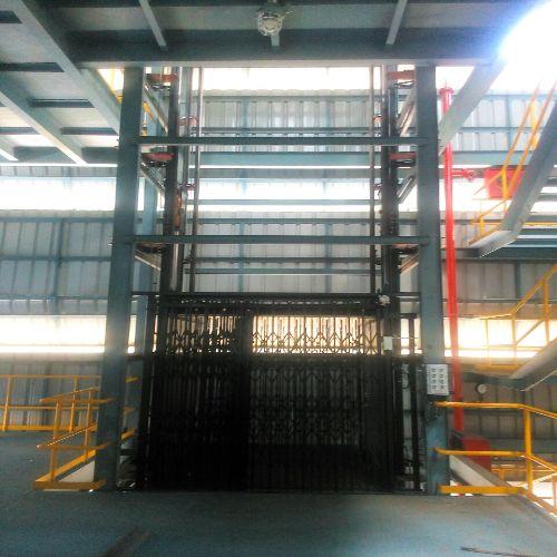 s-crane-goods-lift
